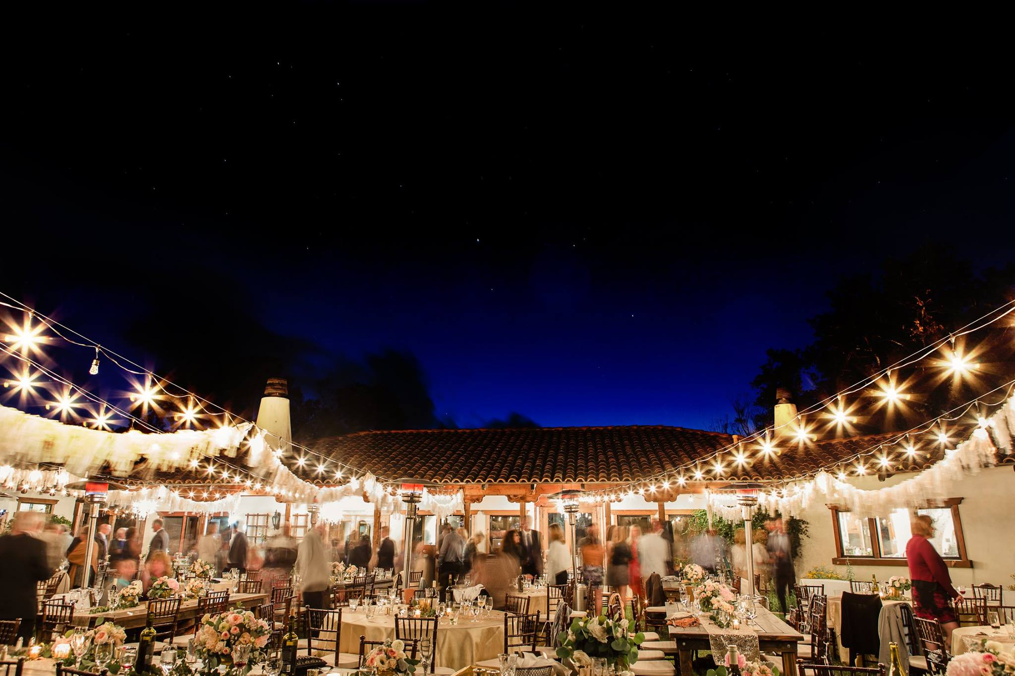 Starry Reception at The Casitas! Courtesy of Filglewicz Photography